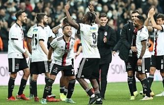 Beşiktaş sahasında Galatasaray'ı 2-1 mağlup etti