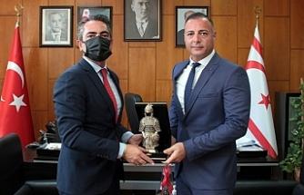Cahitoğlu, Türkiye Gençlik ve Spor bakanlığı heyetini kabul etti