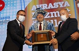 Tatar, Avrasya Hizmet Ödülleri törenine katıldı