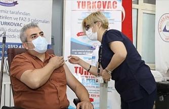 TURKOVAC aşısı, 2 doz Sinovac aşısı olmuş gönüllülere uygulanmaya başlandı