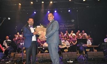 Altın kalpler korosundan Türk sanat müziği konseri