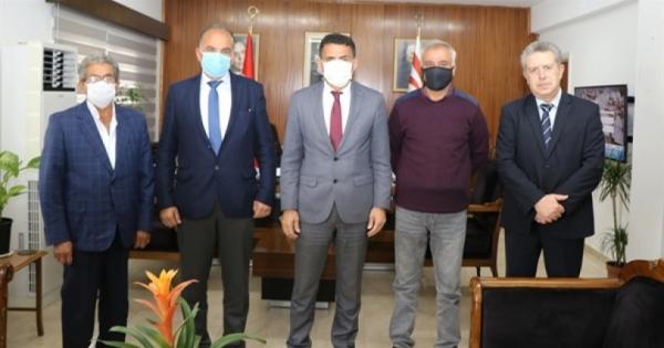 Ο υπουργός Oğuz αποδέχθηκε την Ένωση Μαρτύρων Οικογενειών και Βετεράνων με Αναπηρία