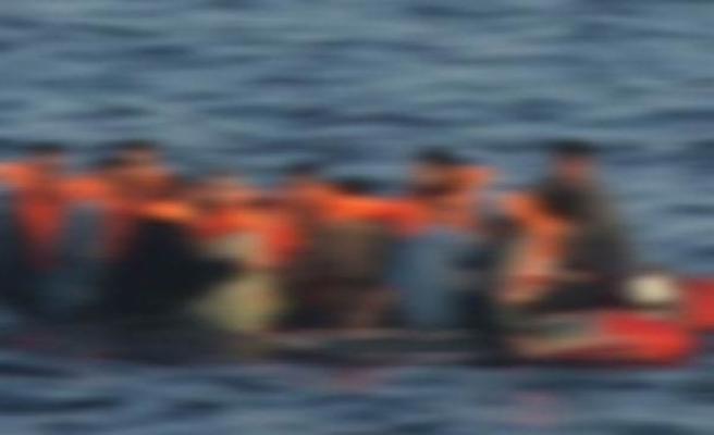 ENDONEZYA'DA 70 KİŞİYİ TAŞIYAN TEKNE ALABORA OLDU