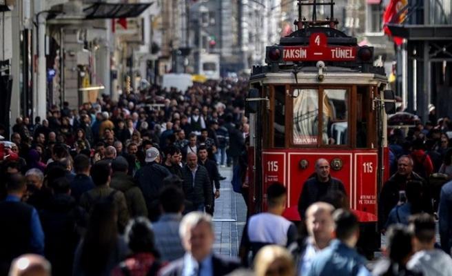 İSTANBUL'A GELEN HER 4 TURİSTTEN BİRİ ARAP