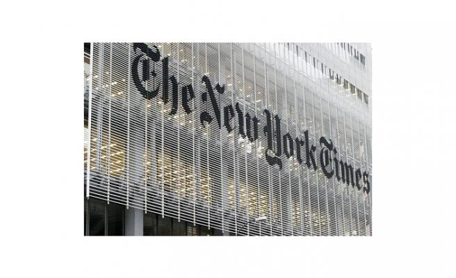 """NEW YORK TIMES'TAN TRUMP'A ÇAĞRI: GAZETECİLERE """"HALK DÜŞMANI"""" DEME"""
