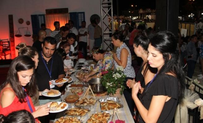 10. YENİBOĞAZİÇİ PULYA FESTİVALİ'NDE KIBRIS GECESİ DÜZENLENDİ