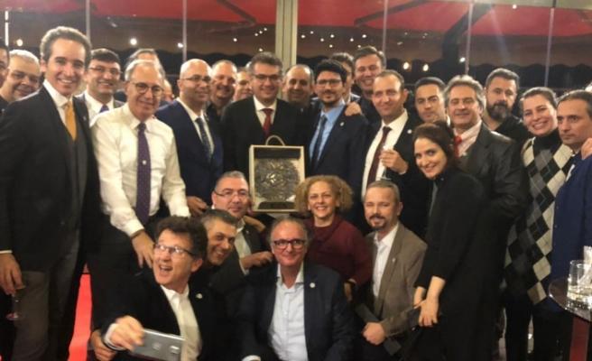 Başbakan, İstanbul'da yaşayan Kıbrıslı Türkler ile buluştu