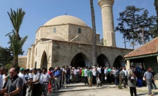 Hala Sultan Tekkesi'ne bugün ziyaret gerçekleştiriliyor