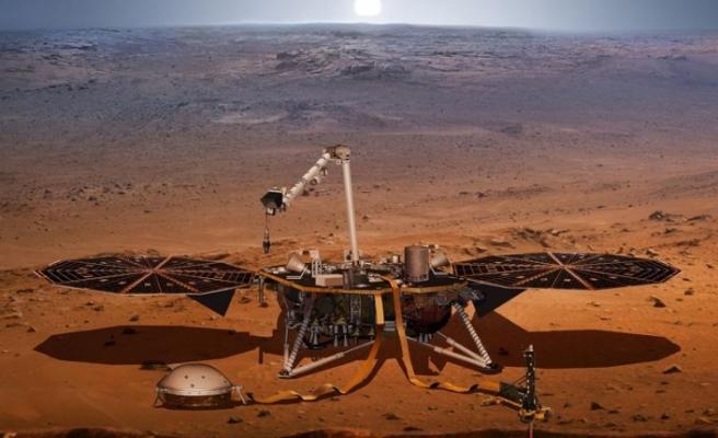 Sismik inceleme aracı Mars'a indi