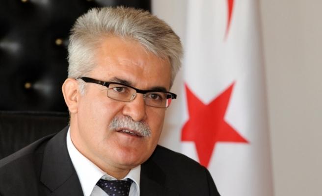 Türk milletinin acılarını paylaştığını belirtti
