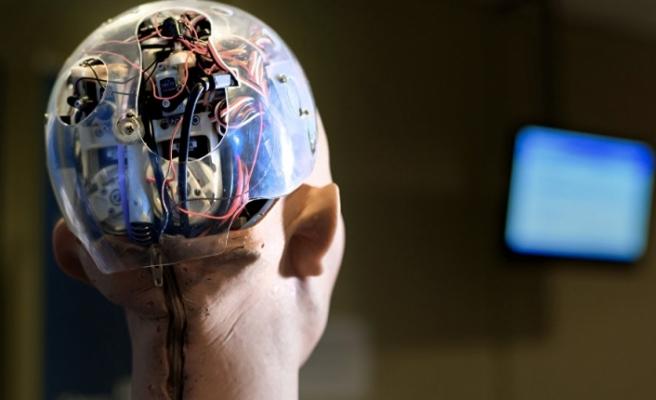 Amazon'un yapay zekalı robotu 24 çalışanı hastanelik etti