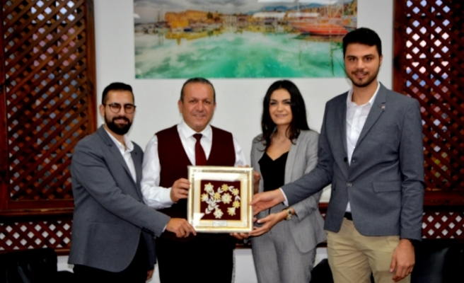 Ataoğlu,Kıbrıs Türk Gençlik Birliği İngiltere heyetini kabul etti