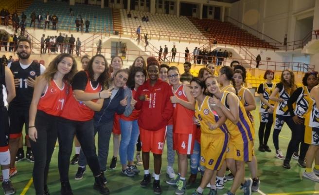 DAÜ'de Uluslarası Basketbol turnuvası