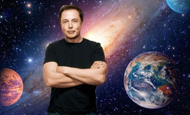 Elon Musk tarih verdi