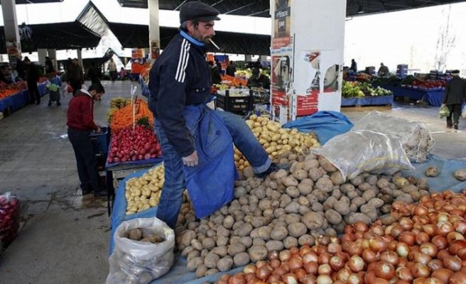 Enflasyon Kasım'da aylık yüzde 1,44 düştü, yıllık yüzde 21,62'ye geriledi