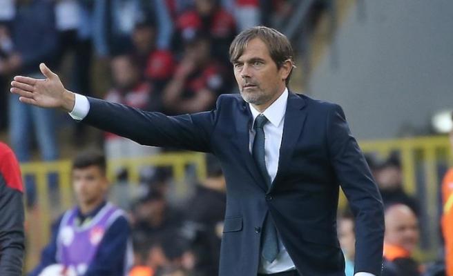 Fenerbahçe'de Cocu'nun sözleşmesi feshedildi