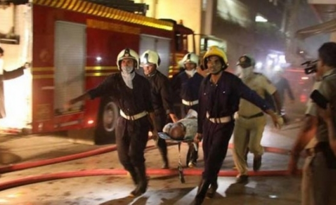 Hastanede yangın:6 ölü