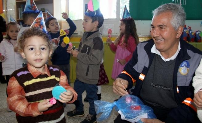 İskele Belediyesi, İskele ve köylerinde eğitim gören çocukları sevindirdi