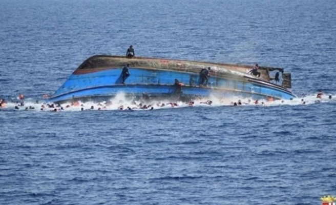 Nijerya'da yolcu teknesi battı: 19 ölü