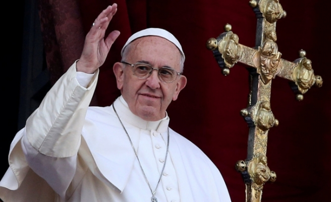 """Papa'dan siyasetçilere kınama: """"Her şey için mültecileri suçlamayı bırakın"""""""