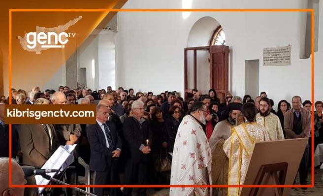 Profiti İlia Kilisesi'nde 44 yıldan sonra ilk kez ayin yapıldı