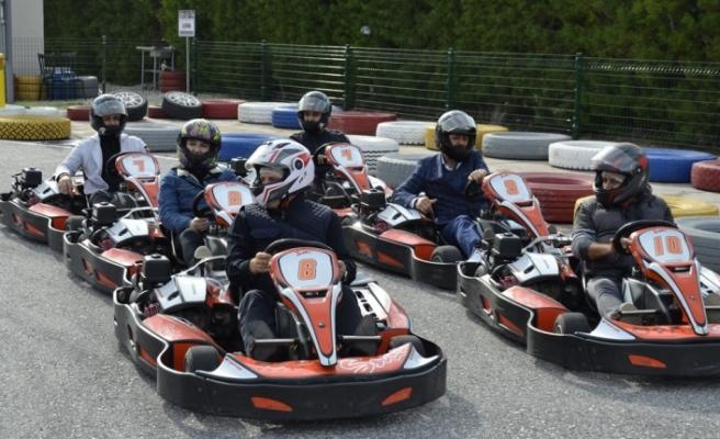 YDP'den karting turnuvası