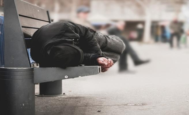 87 kişi donarak hayatını kaybetti