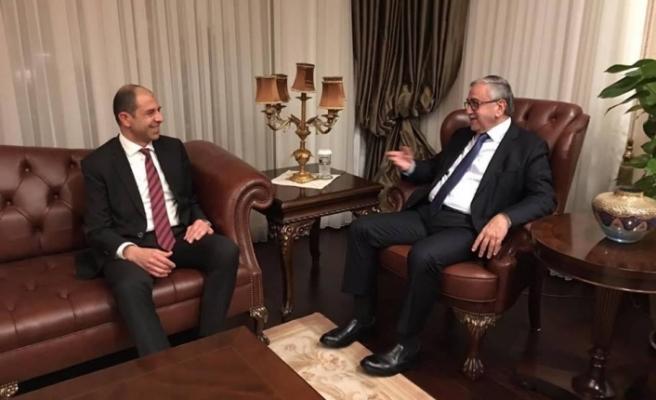Akıncı, Dışişleri Bakanı Özersay ile görüştü