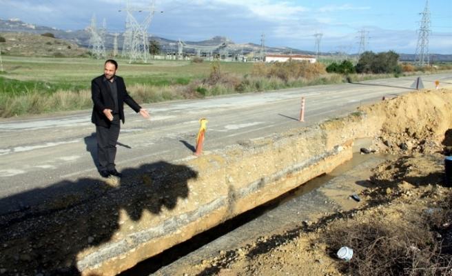 Bayındırlık ve Ulaştırma Bakanlığı'nı göreve çağırdı... Kalecik Tuzluca yolu halen kapalı!