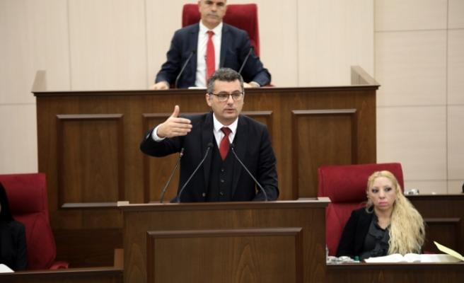"""Erhürman: """"Çavuşoğlu, federal çözümü dışlayan bir tavır sergilemedi"""""""