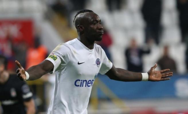 Galatasaray, beklenen forvet transferini açıkladı