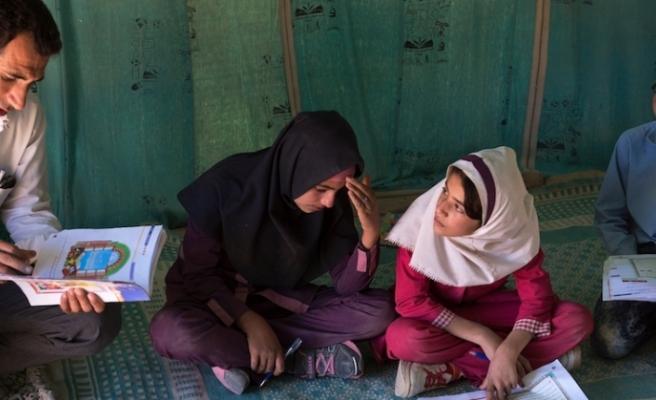 """""""İran'daki okullar emniyet açısından alarm veriyor"""""""