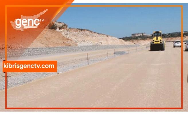 Kaleburnu-Sipahi Yolu 2. etap yol yapım projesi yüklenici firmaya teslim edildi