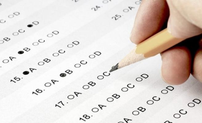 Kolejlere giriş sınavlarının birinci basamağı bugün yapılıyor