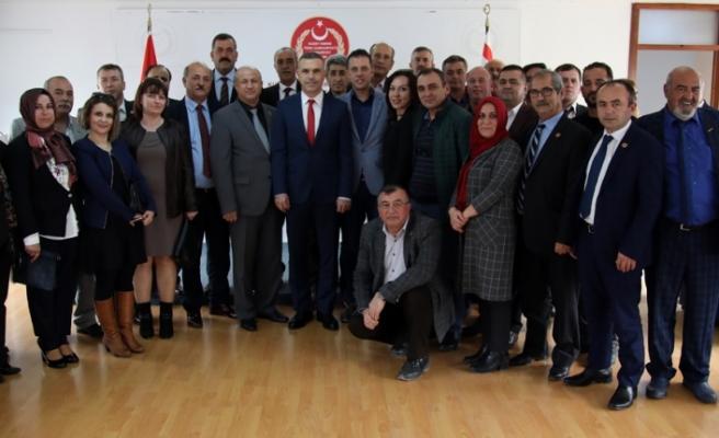 Meclis Başkanı Teberrüken Uluçay, Eskişehir Muhtarlar Derneği heyetini kabul etti