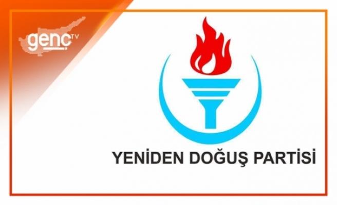 """YDP'den Akıncı'ya """"Bayrak"""" eleştirisi"""