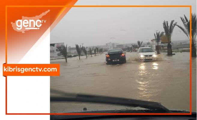 Yol sular altında...Polis uyardı
