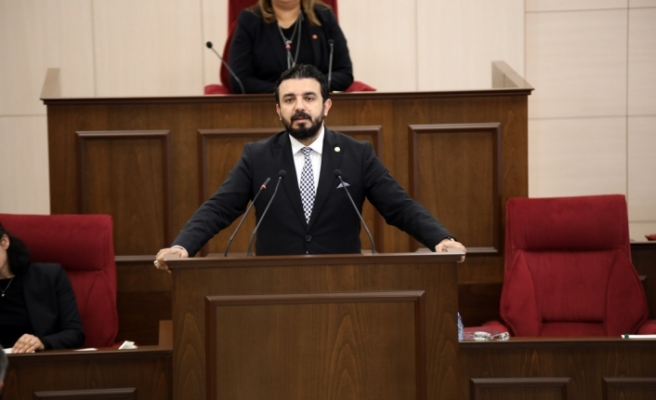 """Zaroğlu: """"İşçinin ve emekçinin hakkını savunduğunu iddia edenler hak yiyor"""""""