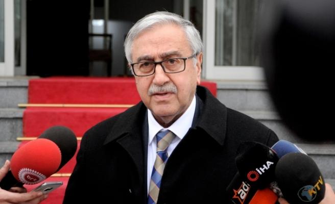 Cumhurbaşkanı Akıncı hükümeti, Kıbrıs konusundaki gelişmelerle ilgili bilgilendirdi