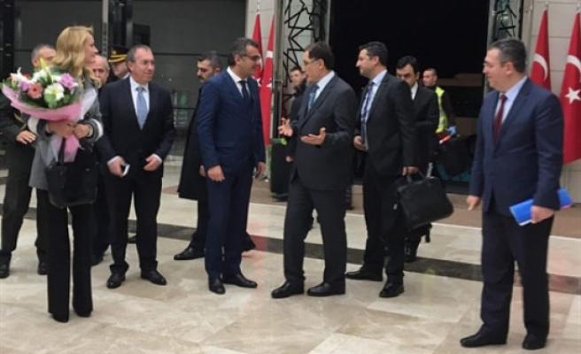 Erhürman, Ankara'da
