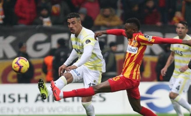 Fenerbahçe, Kayseri'de puan bıraktı