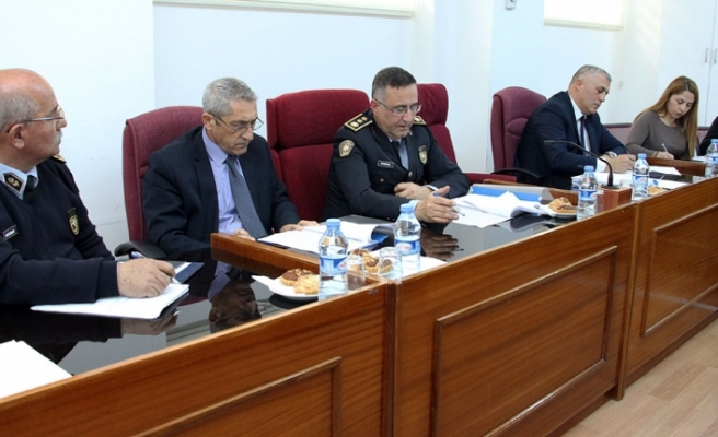 Girne-Lefkoşa ana yolunda yaşanan sel felaketi için kurulan meclis komitesi toplandı