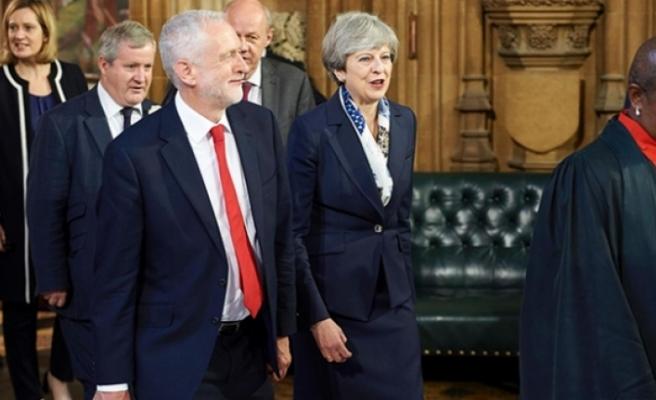 """İngiltere muhalefetinden May'e """"şartlı destek"""" mektubu"""