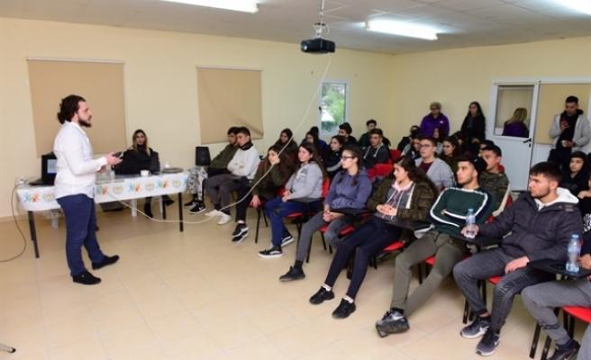 Lapta Gençlik Kampı'nda aktivite ve eğitim kampı