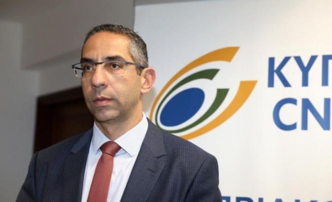 Rum Savunma Bakanı Ermenistan'da