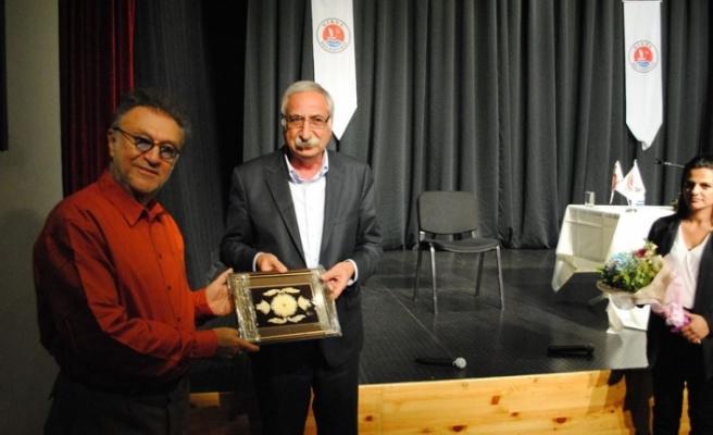 Tamer Levent, Girne Belediyesi Oda Tiyatrosu'na konuk oldu