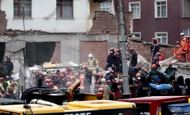 """Türkiye İçişleri Bakanı açıkladı: """"Kartal'da 14 vatandaşımızı kaybettik"""""""
