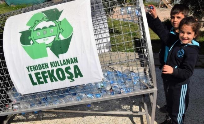 220 bin plastik şişe ve alüminyum kutu toplandı