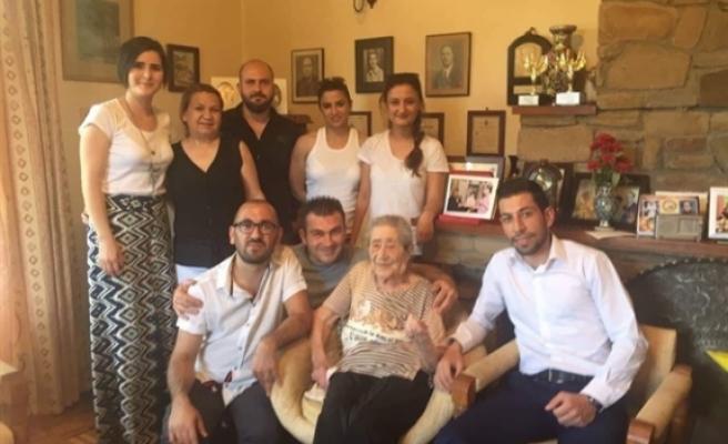 Ali Özgöçmen, Türkan Aziz'in vefatını üzüntüyle karşıladıklarını belirtti