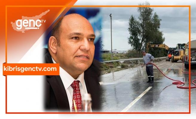 """Atakan açıkladı: """"Yol kenarı drenaj sistemlerinin güncellenmesi için kolları sıvıyoruz"""""""